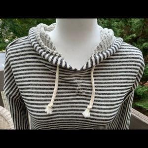 Forever 21 Tops - Forever 21 SZ Sm Gray/White Striped Hoodie